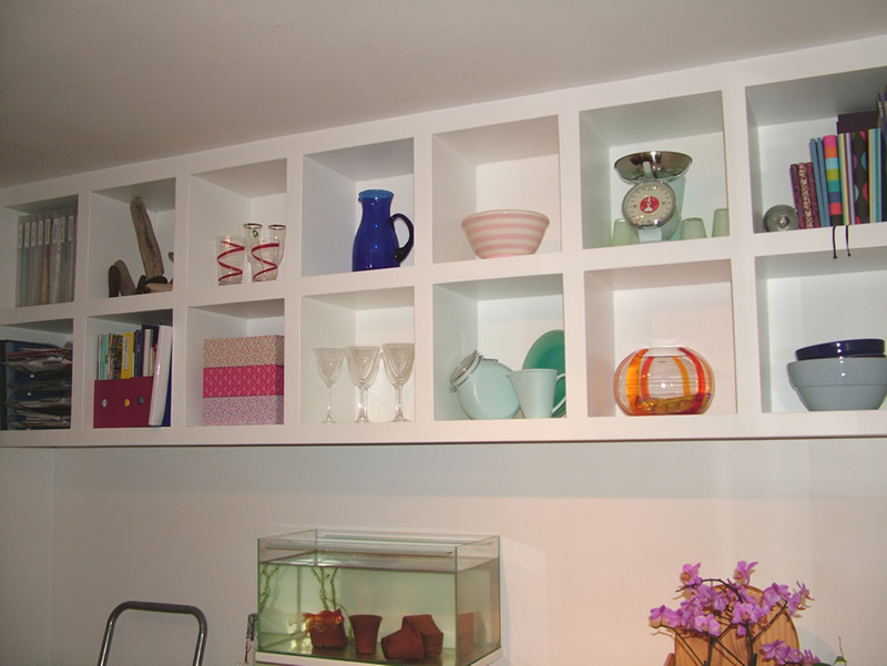 made to measure floating cube shelving by london carpenter. Black Bedroom Furniture Sets. Home Design Ideas